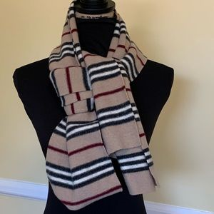 BURBERRY Lambswool Scarf - extra long!